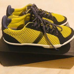 PLAE Women's Prospect Sneakers Size 7 Flash EUC